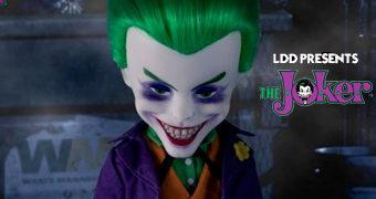 Living Dead Dolls Apresenta: Coringa (Joker)