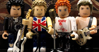"Sex Pistols ""God Save The Queen"" Mini-Figuras de Luxo com 8,5 cm (brokker)"