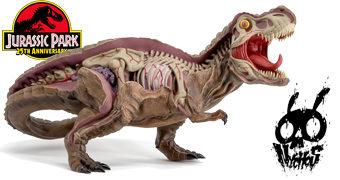 Estátua Tiranossauro Rex com Corte Anatômico Desenhada pelo Grafiteiro Nychos