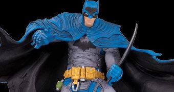 Batman por Rafael Grampá – Estátua DC Designer Series
