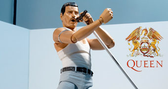 Action Figure S.H. Figuarts Queen Freddie Mercury Live Aid 1985
