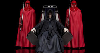 Imperador Palpatine e a Guarda Imperial na Sala do Trono da Estrela da Morte II – Action Figures S.H. Figuarts Star Wars