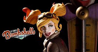 Harley Quinn (Arlequina) DC Bombshells Versão 2 em Estilo Pin Up Anos 40 por Emanuela Lupacchino