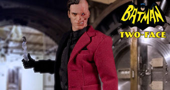 Duas-Caras (Harvey Dent) One:12 Collective Action Figure DC Comics (Mezco)