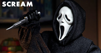 Ghostface em Pânico (Scream) de Wes Craven – Action Figure Retro Neca Clothed