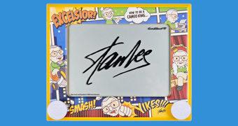 Lousa Mágica Etch a Sketch (Traço Mágico) Edição Especial Stan Lee