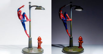 Luminária Homem-Aranha Spider-Man Neighbourhood Watch Lamp