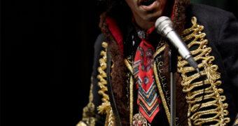 Jimi Hendrix, o Deus da Guitarra – Action Figure Perfeita em Escala 1:6 da Blitzway