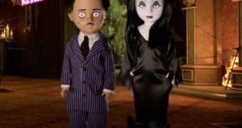 Living Dead Dolls Apresenta: A Família Addams com Gomes e Morticia