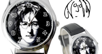 John Lennon 80 Anos – Relógio de Pulso com Foto em Preto-e-Branco