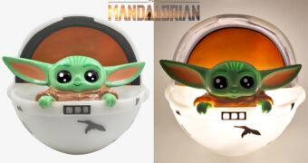 Luz Noturna Baby Yoda no Berço Flutuante (Star Wars: The Mandalorian)
