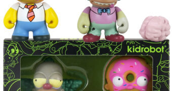 Mini Figuras Simpsons Treehouse of Horror: Homer Donut e Krusty Zumbi Fosforescente (Kidrobot)
