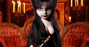 Living Dead Dolls Apresenta: Elvira, a Rainha das Trevas