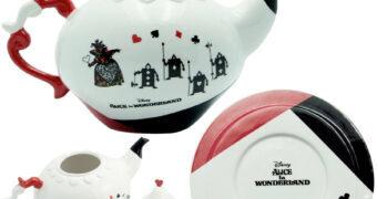 Bule de Chá da Rainha de Copas (Alice no País das Maravilhas)