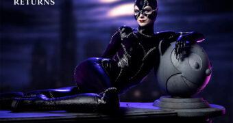 Michelle Pfeiffer como Mulher Gato em Batman: O Retorno – Maquete Perfeita 1:4 da Tweeterhead