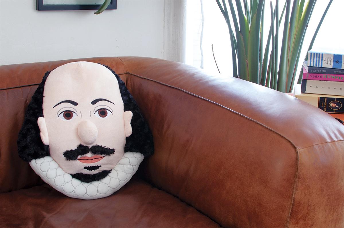 Almofadas Stuffed Portraits Shakespeare Freud Kahlo Einstein
