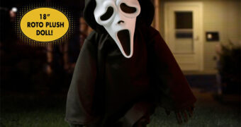 Boneco Ghostface MDS Roto Plush do Filme Pânico (Scream) de Wes Craven