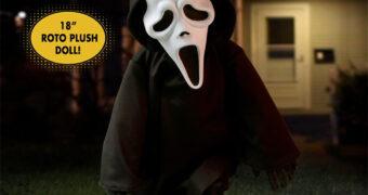 Boneco Ghostface MDS Roto Plush do Filme Pânico (Scream) de Wes Craven