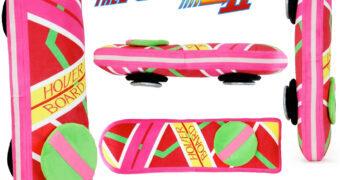 Hoverboard de pelúcia com 71 cm (De Volta para o Futuro II)