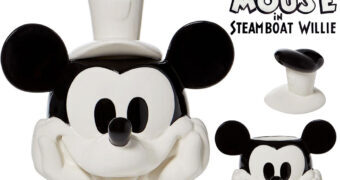 Pote de Cookies Mickey Mouse Steamboat Willie em Preto e Branco