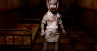 Living Dead Dolls Apresenta: Bubble Head Nurse do Game Silent Hill 2