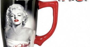 Caneca Marilyn Monroe Quanto Mais Quente Melhor (Some Like It Hot)
