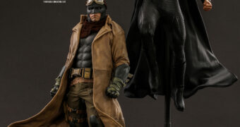 Action Figures Liga da Justiça de Zack Snyder: Knightmare Batman e Superman (Hot Toys)