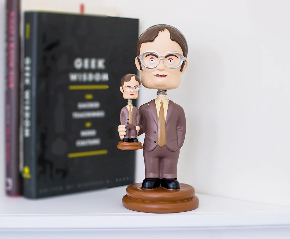Dwight Schrute Bobble Head Segurando Boneco Dwight Bobble Head The Office