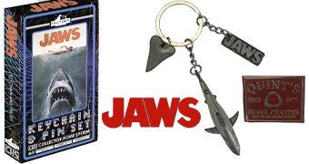 Chaveiro Tubarão (Jaws) com Três Pingentes de Metal