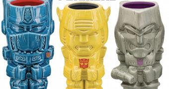 Canecas Transformers Geeki Tikis: Optimus Prime, Bumblebee e Megatron