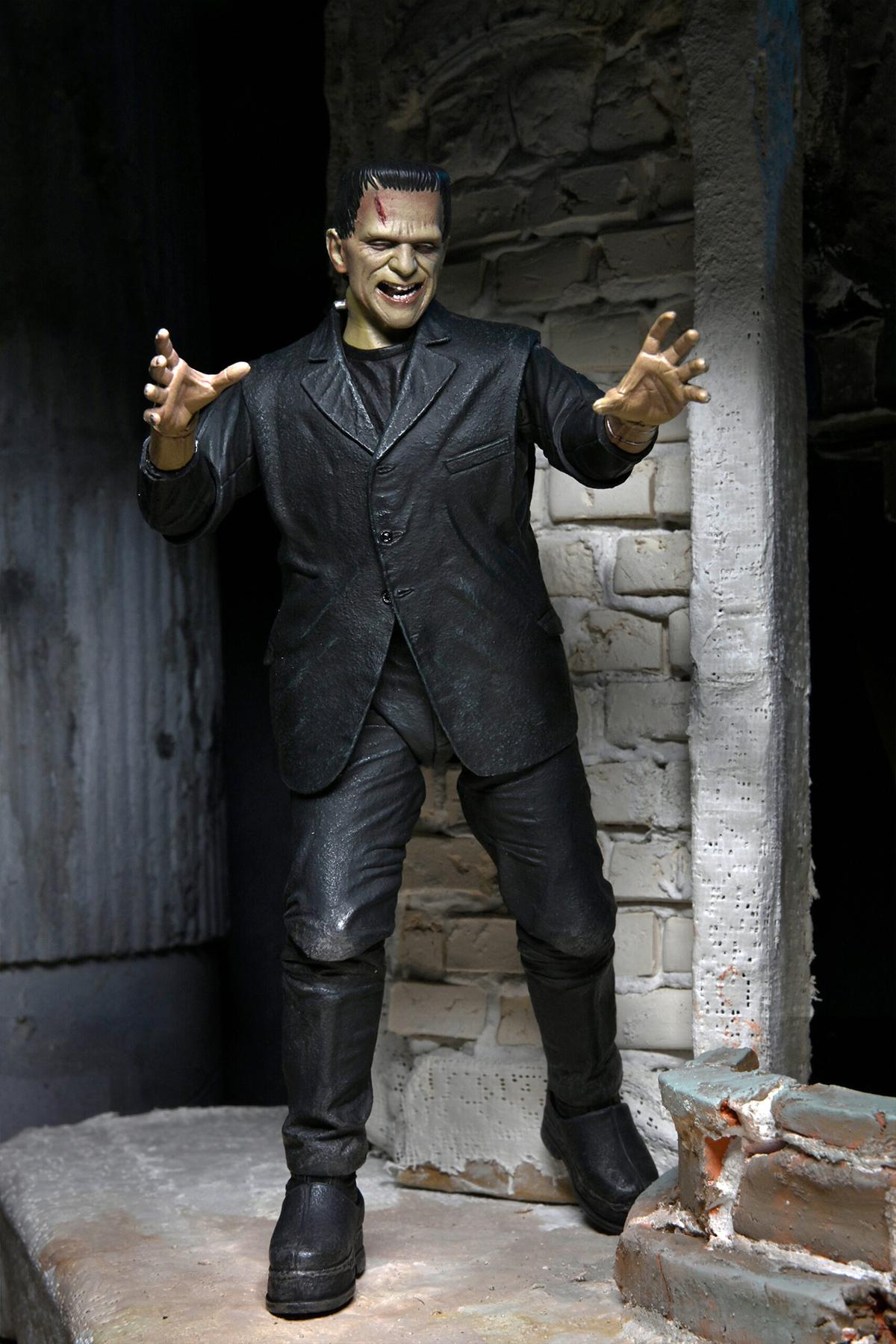 Action Figure Ultimate Frankenstein Full Color Universal Monsters Neca