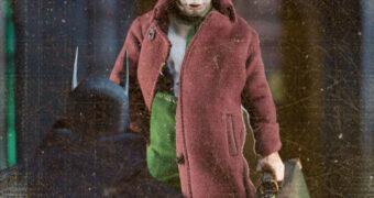 "Action Figure Coringa ""Gotham by Gaslight"" One:12 Collective da Mezco"