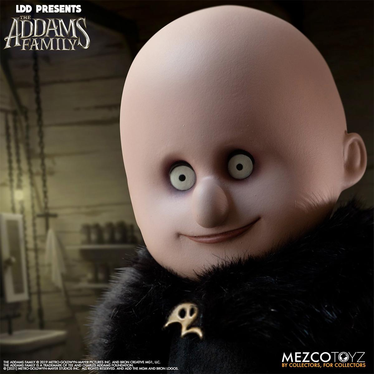 Living Dead Dolls Apresenta: A Família Addams com Fester (Tio Chico) e It (Primo Coisa)