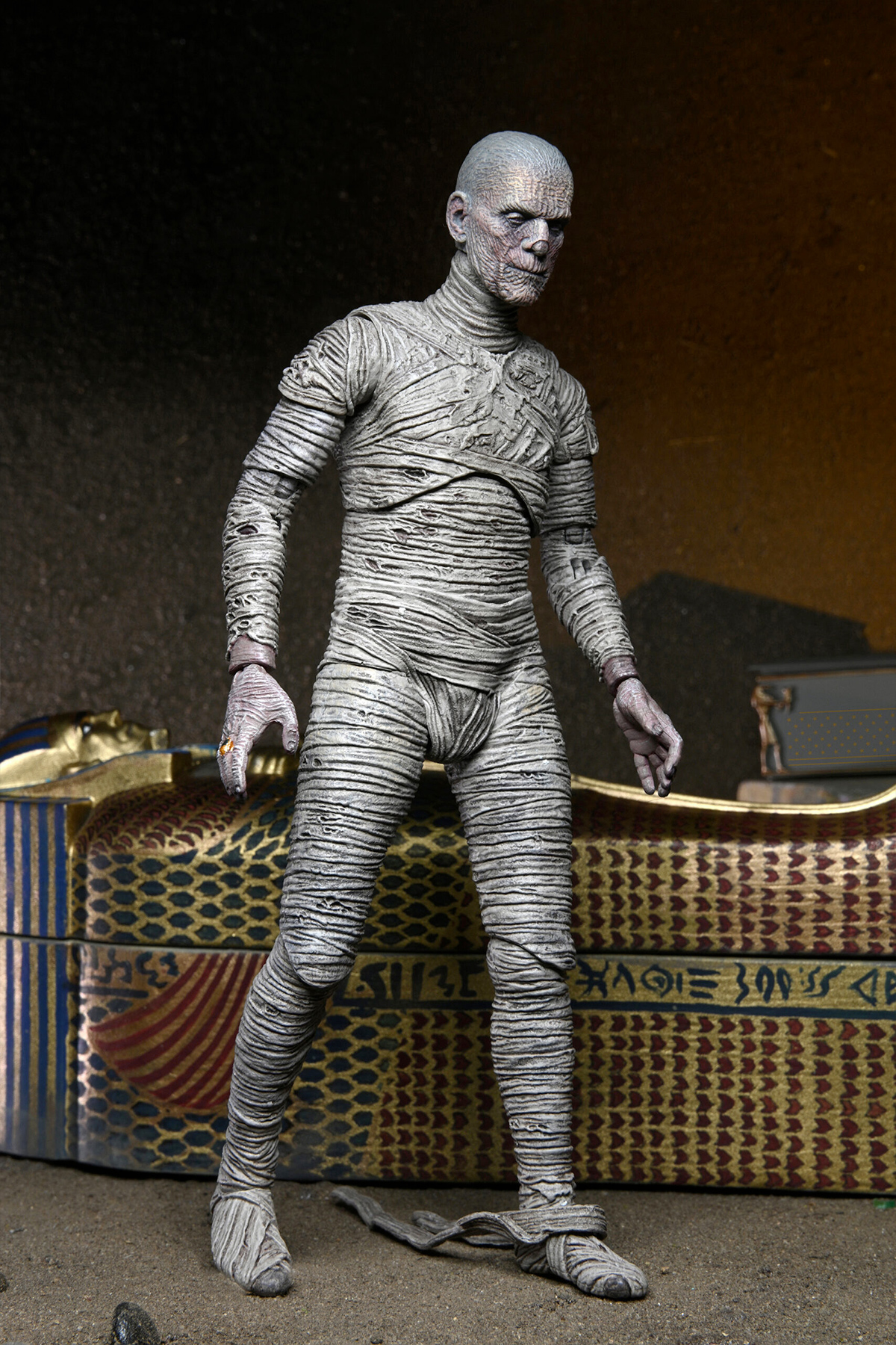 The Mummy Universal Monsters Ultimate Color Version 7-Inch Scale Action Figure