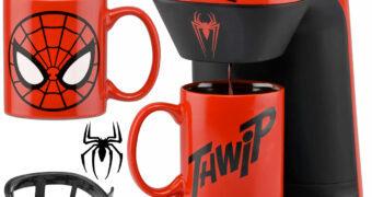 """Cafeteira Individual Homem-Aranha com Caneca """"Thwip"""""""