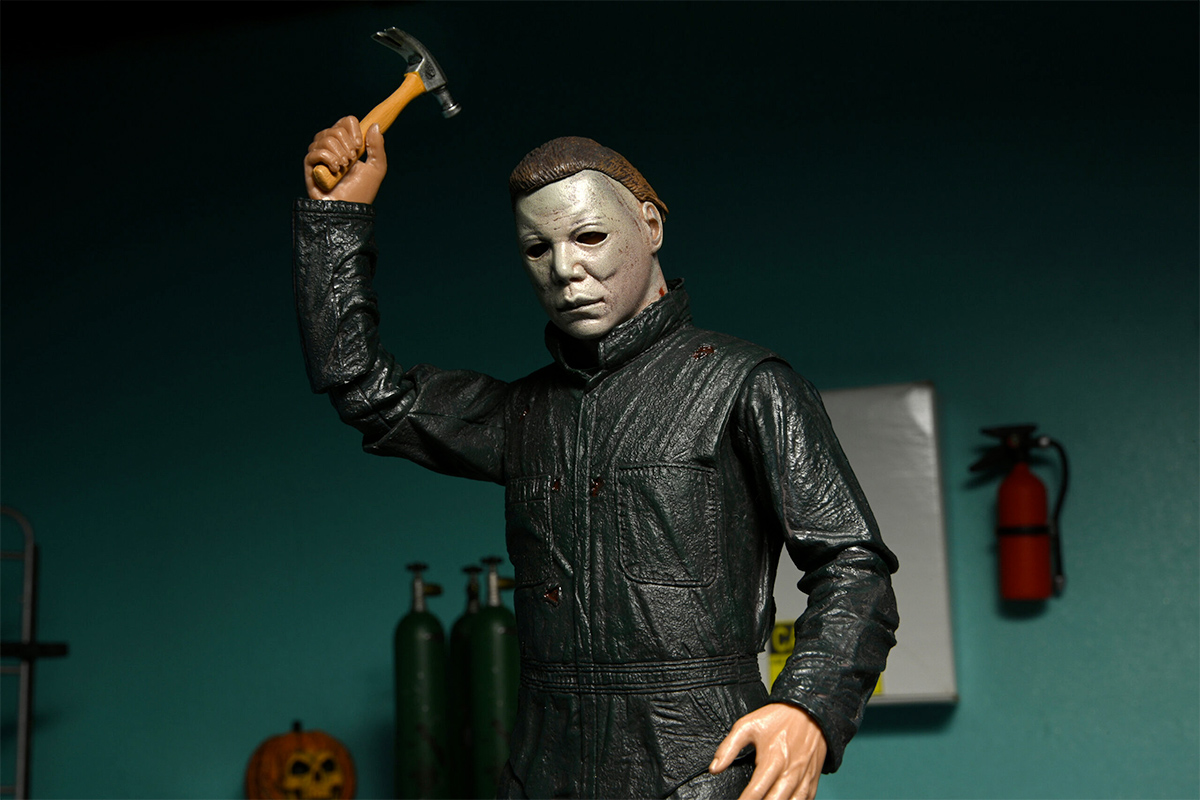 Halloween 2 Ultimate Michael Myers and Dr. Loomis 7-Inch Scale Action Figure 2-Pack class=