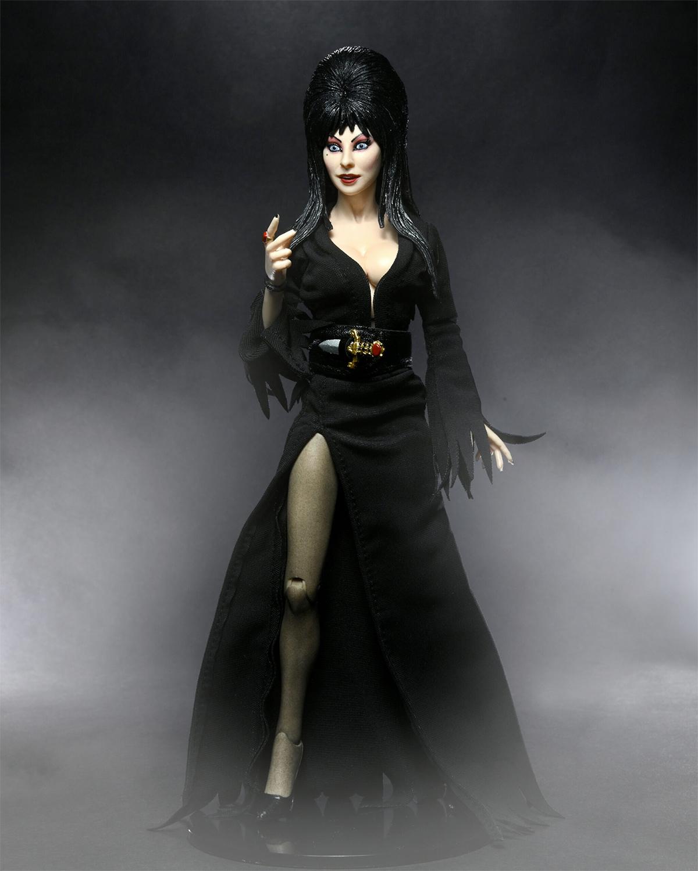 """Elvira, a Rainha das Trevas """"Movie Macabre"""" 40 Anos - Action Figure Neca Clothed"""